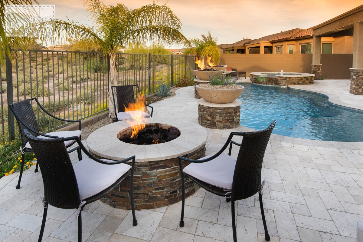<i>Fire Features, Fire Pit, Organic</i>