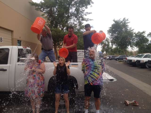 ice_bucket_for_als-_mike_nicole_steph