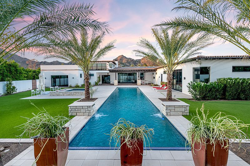Paradise In Paradise Valley Long Swimming Pool