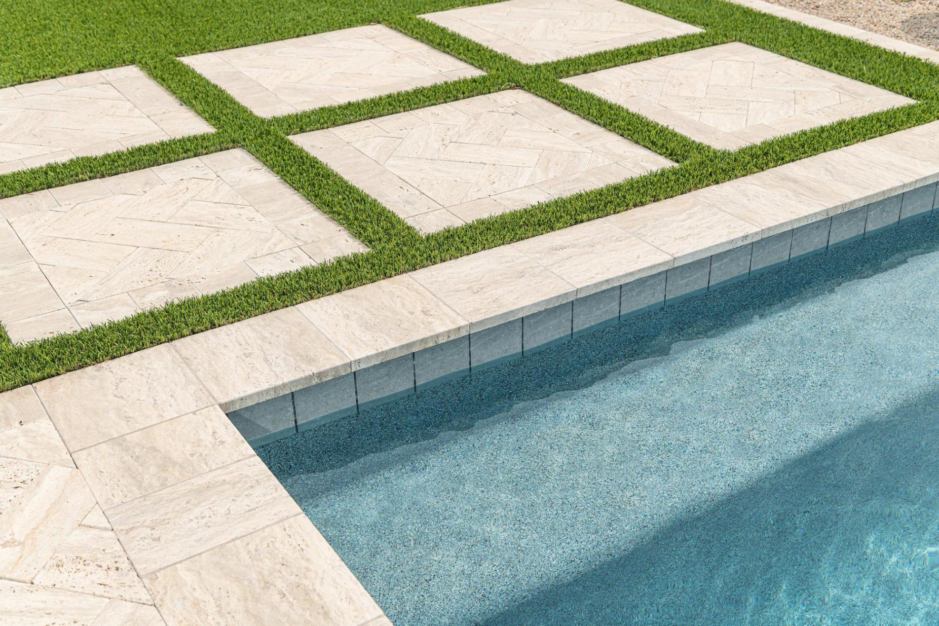 Best Waterline Outline Tile For Your Pool
