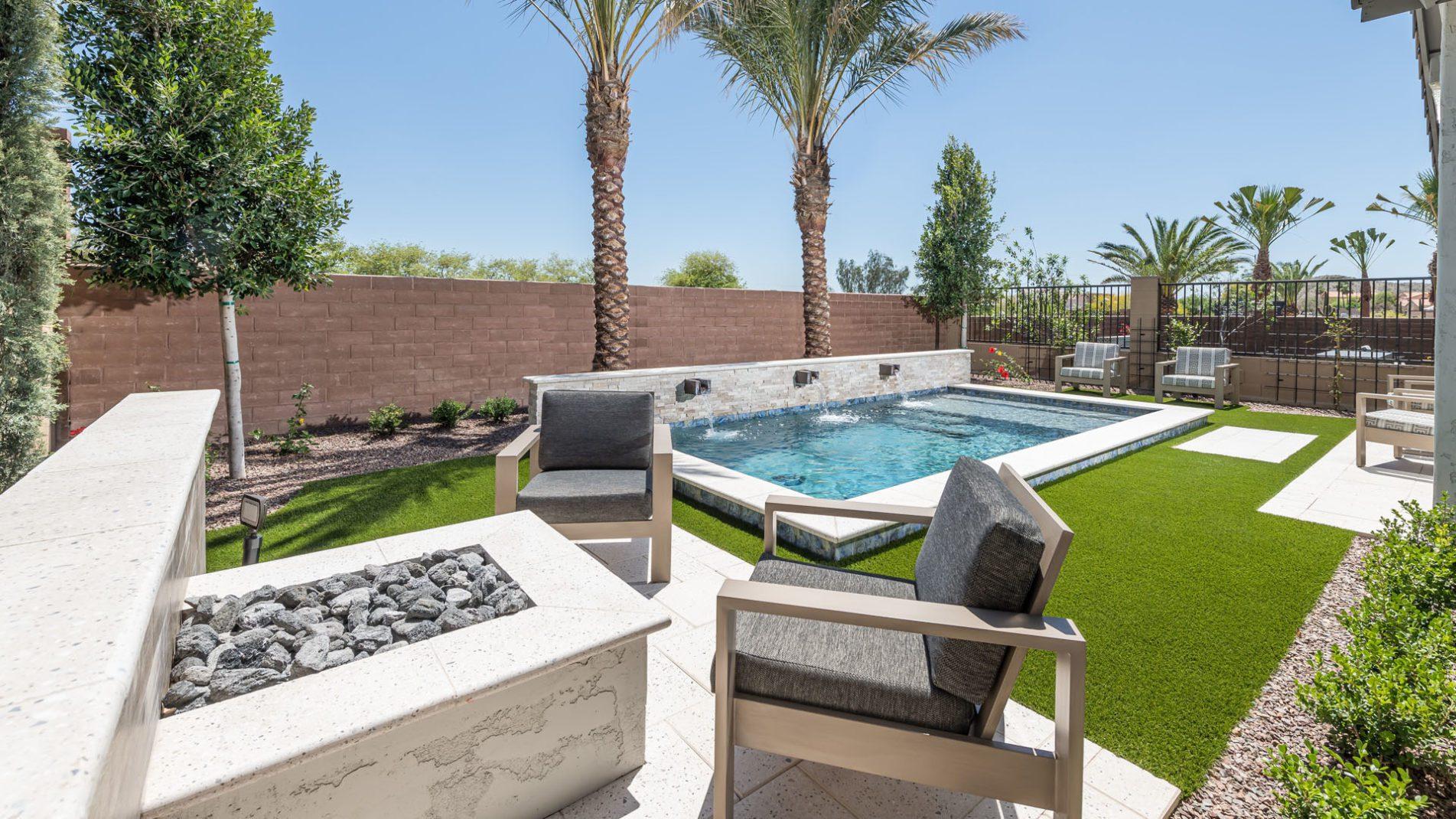 Phoenix Spool Swimming Pool Full View